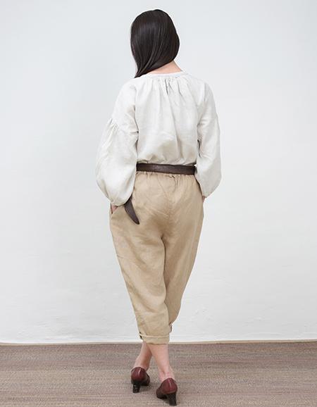 ferisi-bisuket-back